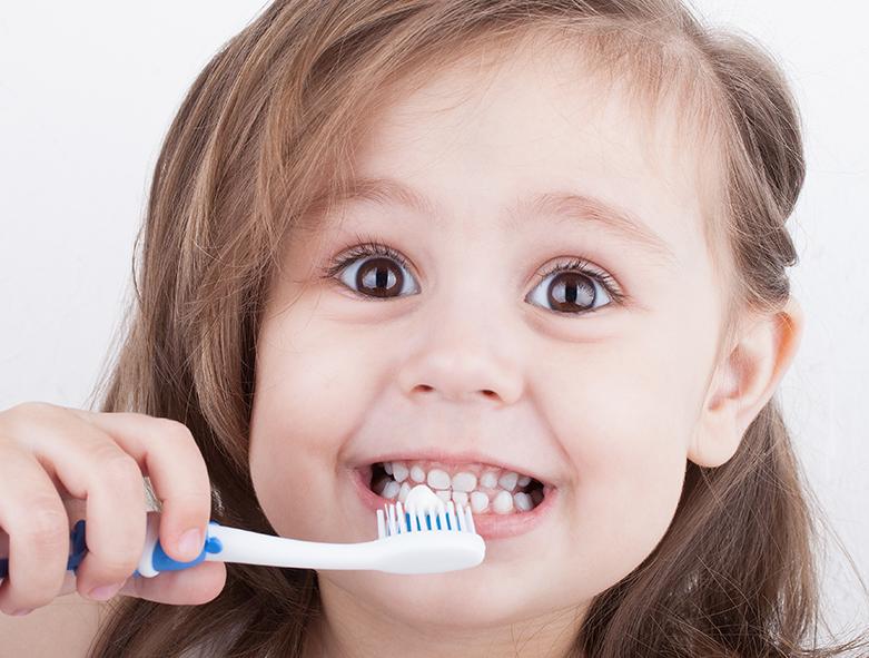¿Blanqueamiento dental en niños?